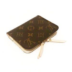 Authentic Vuitton Monogram Insolite Compact Wallet